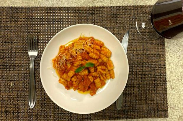 Noite de Massas propõe que participantes preparem seu pratos Acervo Microempa/Divulgação