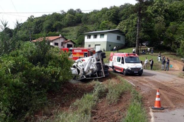 Acidente deixa um ferido na Terceira Légua, em Caxias do Sul Arquivo pessoal/Divulgação