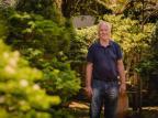 Natureza em meio à cidade: a serenidade Sérgio Tomazzoni e sua relação de amor com o verde e a família Alex Battistel/Divulgação