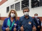 Candidato a prefeito de Caxias, Adiló Didomenico vota na escola Aristides Germani Noele Scur/Agência RBS
