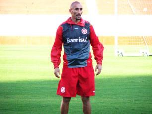Inter começa semana com time definido para enfrentar o Coritiba Juliano Schüler /