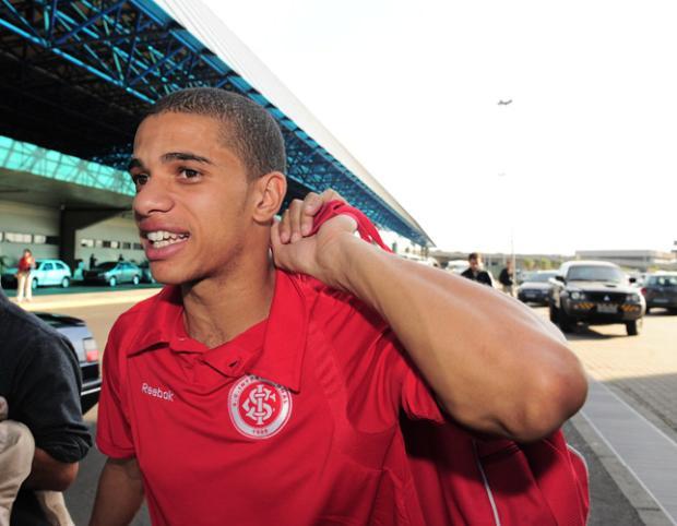 Taison garante que gols pelo Inter voltarão em breve Mauro Vieira/