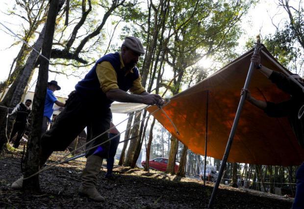 Caxienses aproveitam feriado para organizar acampamento da Semana Farroupilha Ricardo Wolffenbüttel/